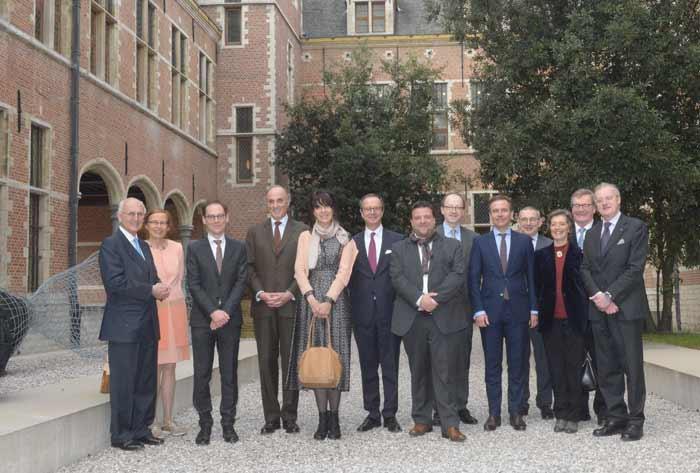 Prins Lorenz op bezoek in Hof van Buslyeden museum Mechelen