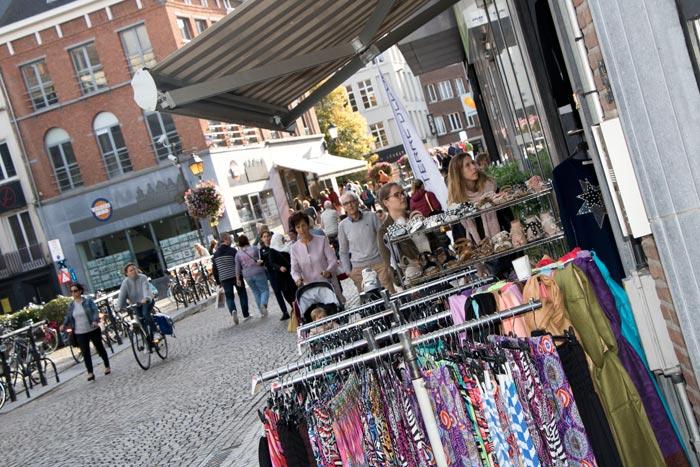 Shopping tijdens Warm Welkom Weekend Mechelen Archieffoto Verschueren Eddy