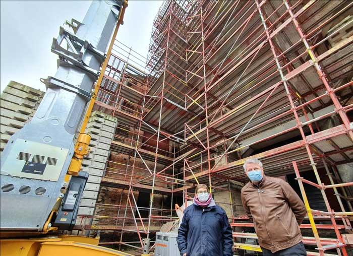De Predikherenkerk in de steigers voor hoogdringende restauratie